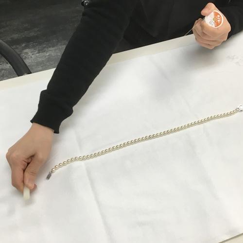 パールネックレスの糸替え